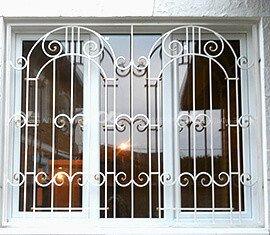 6 4 - Металлические решётки на окна и двери