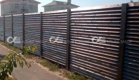 Деревянный забор купить недорого